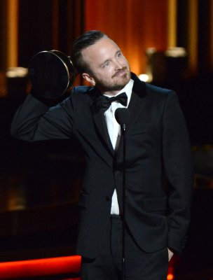 'Breaking Bad' wins Emmy Award for Best Drama Series