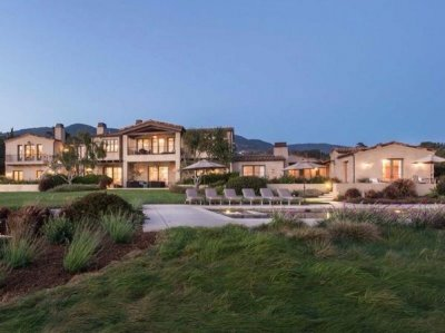 Lady Gaga buys $24 million Malibu estate