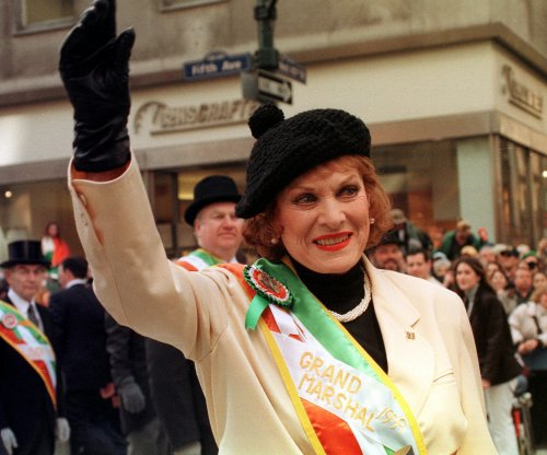 Maureen O'Hara to be buried with husband in Arlington Cemetery Monday