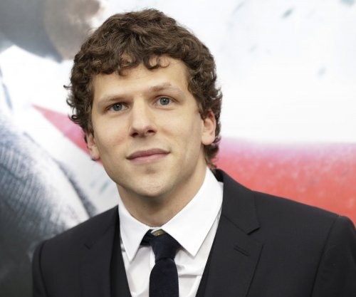 Jesse Eisenberg details using naked Michael Shannon dummy on 'Batman v Superman'