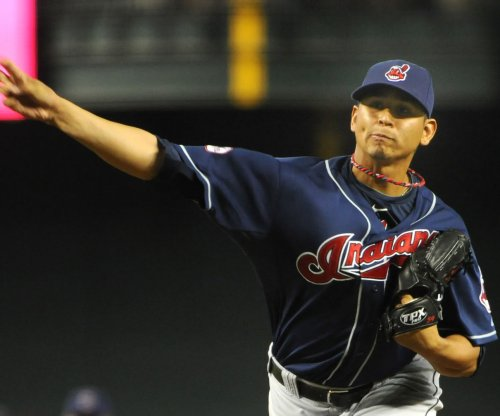 Cleveland Indians push win streak to eight with Carlos Carrasco shutout