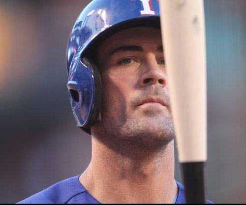 Cole Hamels, Texas Rangers shut down New York Yankees