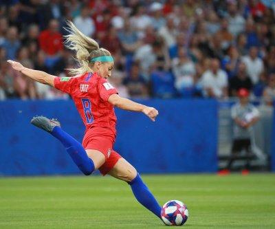 Julie Ertz edges Megan Rapinoe for U.S. Soccer female Athlete of the Year
