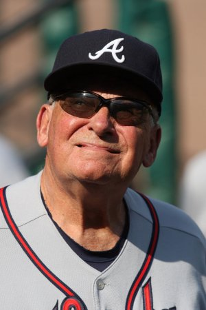 Braves' manager Cox to retire in 2010