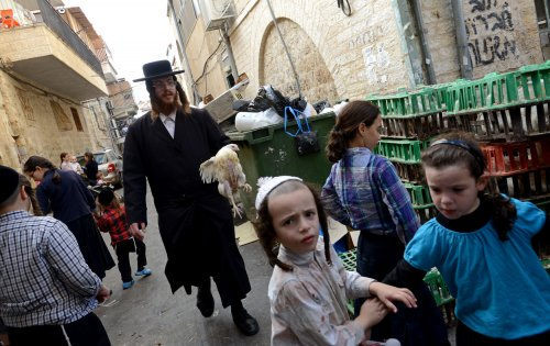 Yom Kippur, Jewish day of atonement: fast and be forgiven