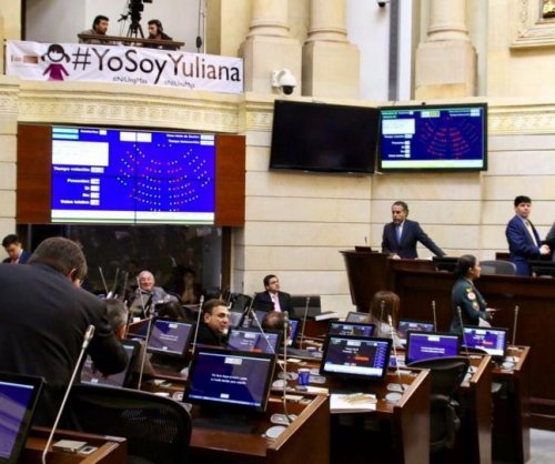 Colombian Congress unanimously approves FARC amnesty law