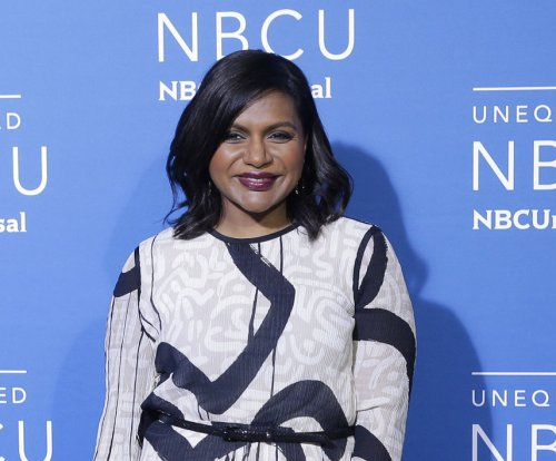 'Mindy Project' stars say Mindy Kaling is expecting baby girl