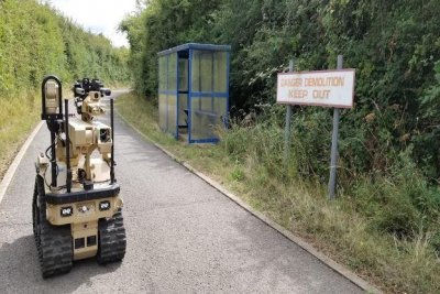 First Harris T7 bomb disposal robots sent to British army