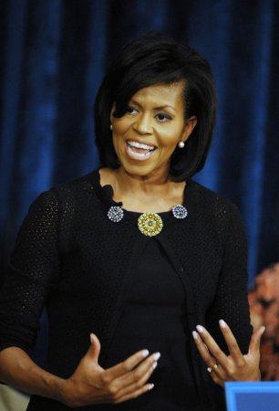 Michelle Obama, Clinton to address DNC