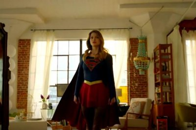 Melissa Benoist stars in new 'Supergirl' trailer