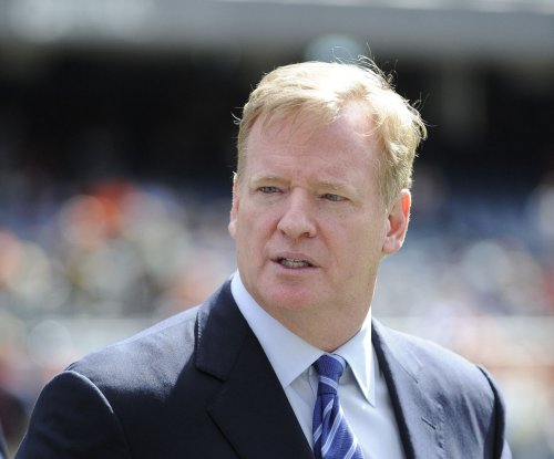 Adrian Peterson: Roger Goodell 'blind' to what I was going through