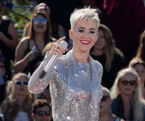 Katy Perry: Orlando Bloom went paddleboarding nude 'to show off'