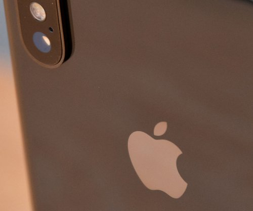 Apple's iOS 12 system to share location of 911 callers