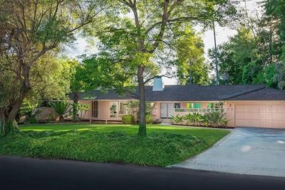House used for 'Golden Girls' exterior shots listed for $3 million