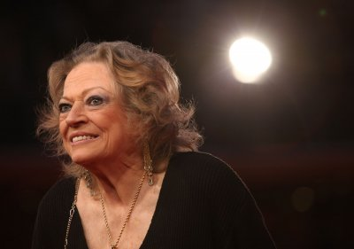Ekberg asks Fellini Foundation for financial support