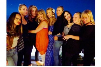 Kate Hudson celebrates 37th birthday with mom Goldie Hawn