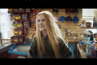 'Kajillionaire': Evan Rachel Wood plays con artist in trailer for new film