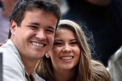Bindi Irwin, Chandler Powell expecting baby girl: 'We can't wait'