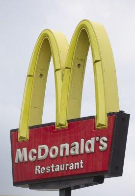 McDonald's pledges healthier promotions