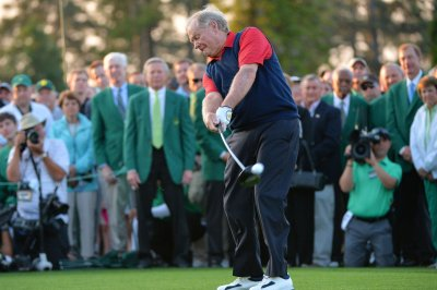 Jack Nicklaus, Palmer, Player kick off 79th Masters