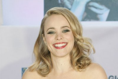 Rachel McAdams addresses Taylor Kitsch dating rumors