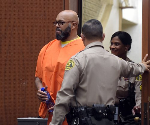 Suge Knight, Katt Williams to stand trial for allegedly stealing paparazzo's camera