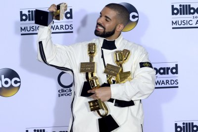 Drake shares 'Degrassi' royalty check on Instagram