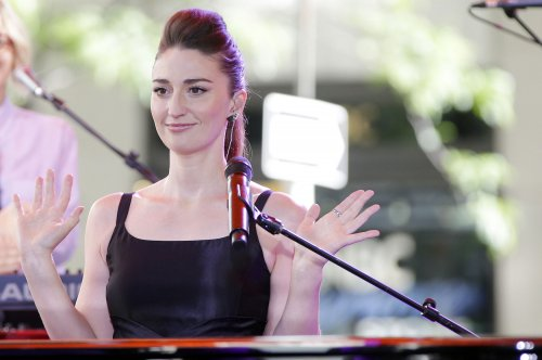 Sara Bareilles and Cyndi Lauper record 'Truly Brave' mash-up