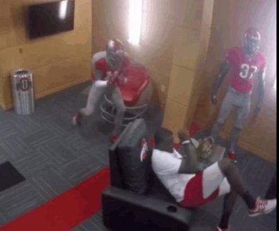 Ohio State Buckeyes get dummy pranked