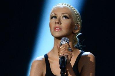 Christina Aguilera, Ariana Grande perform duet in 'The Voice' finale