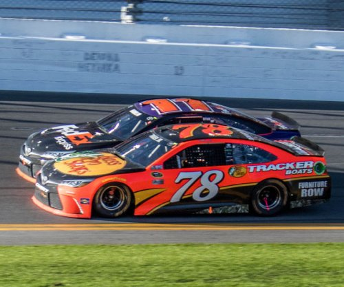 NASCAR: Truex Jr., Furniture Row Racing upset with pit ruling