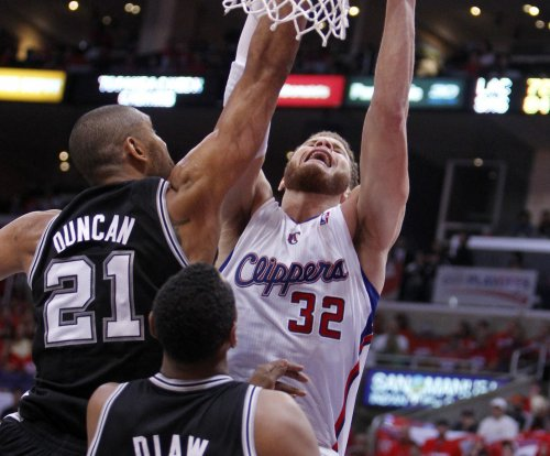 "Blake Griffin ""geeked out"" by Tim Duncan"