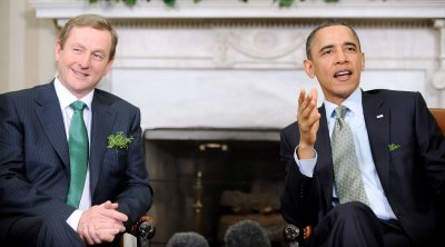 Obama to visit Ireland to explore roots