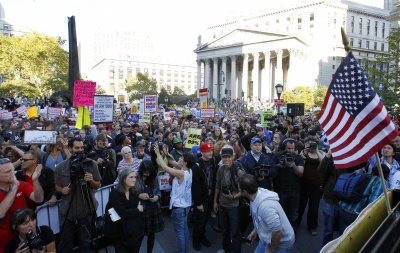 Occupy Wall Street protest gathers steam, expands