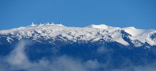 Protestors object plans to build telescope on land sacred to native Hawaiians