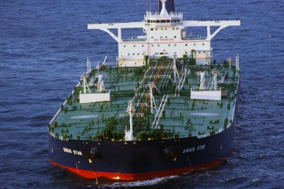 U.S. importing more oil for the first time since 2010