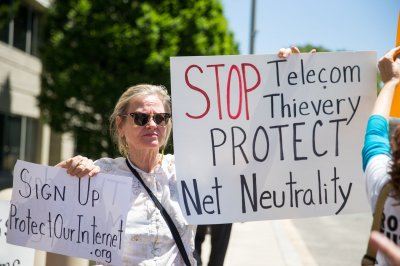 FCC plans to repeal net neutrality rules for Internet service providers