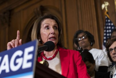 Democrats unveil bill to raise minimum wage to $15
