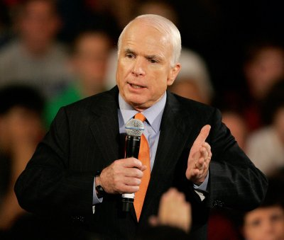 Rubin likes Obama, Fiorina backs McCain