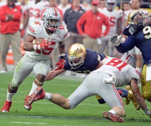 Ohio State, Ezekiel Elliott romp past Notre Dame in Fiesta