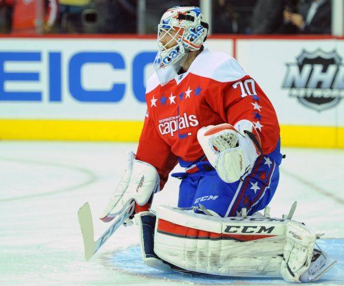 Braden Holtby helps Washington Capitals get back on track in Boston