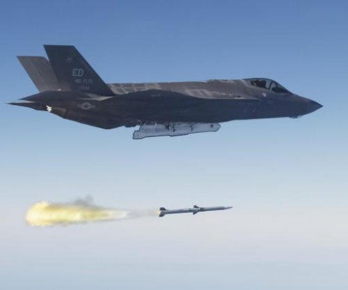 Raytheon receives $38.6M contract for AIM-120D AMRAAM missile upgrades