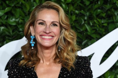 Julia Roberts and Reese Witherspoon team up for Apple TV+ series
