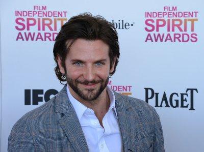 Bradley Cooper replaces Jude Law in 'Jane Got a Gun'