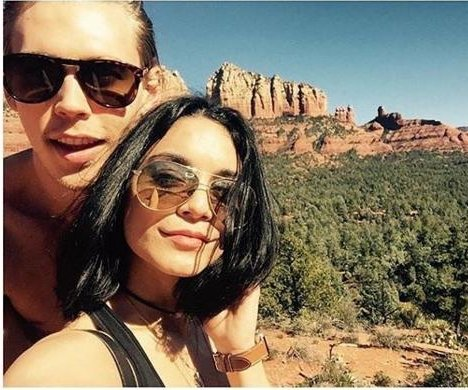 Vanessa Hudgens under investigation for defacing Arizona rocks