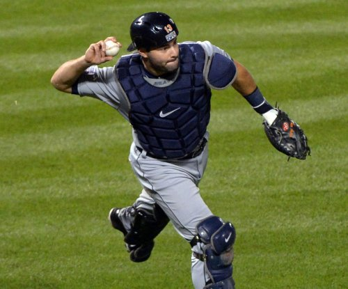 Veteran C Alex Avila agrees to one-year deal with Detroit Tigers