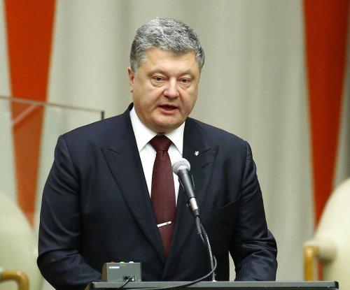 Ukraine's president to call for referendum on joining NATO