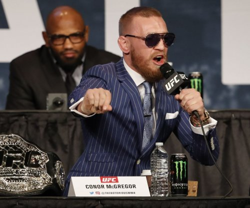 "Floyd Mayweather challenges to Conor McGregor to ""sign the paper"""