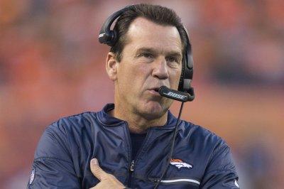 Former NFL head coach Gary Kubiak returns to Denver Broncos as scout
