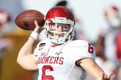Oklahoma Sooners: Baker Mayfield tosses three TDs to help stun Ohio State Buckeyes